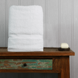 White Luxury Boutique Bath Towel